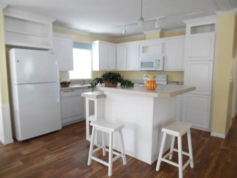Zephyr Model Home Kitchen